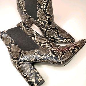 STEVE MADDEN Belong Ankle Boots